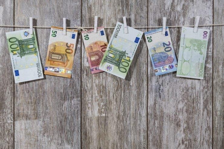 Curs valutar BNR pentru joi, 9 aprilie