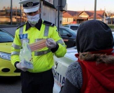 Gestul unor politisti