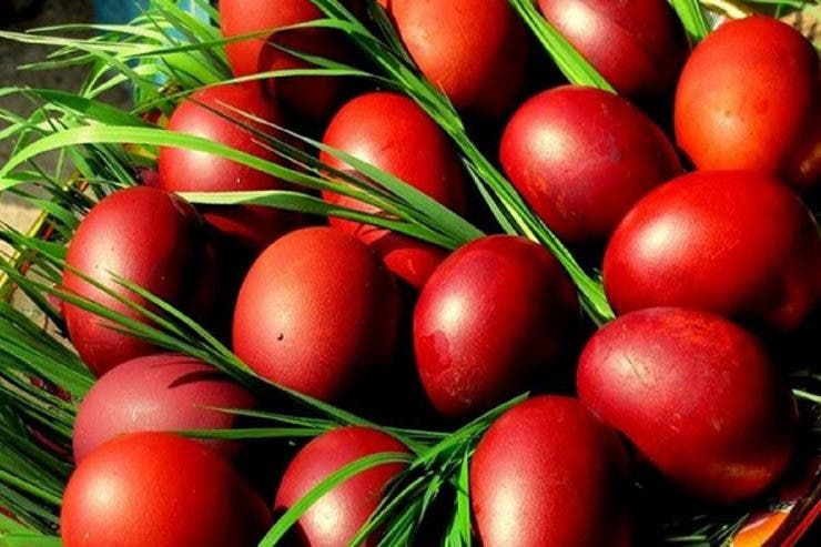 ouăle roșii