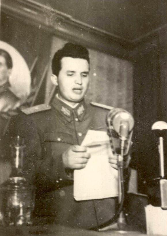 Ceaușescu tânăr