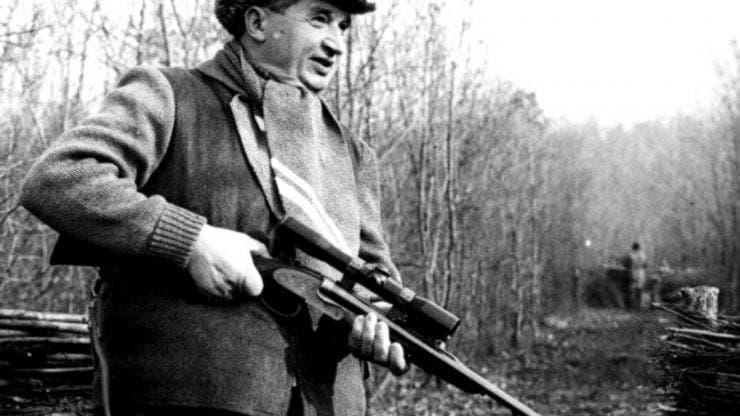 armele lui Ceausesc