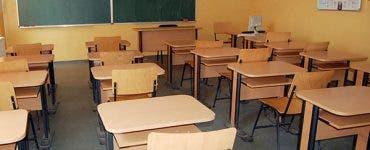 schimbări în școli