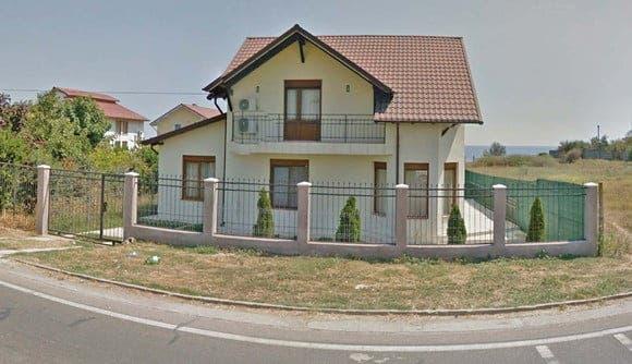 Cât costă să stai în casa de la mare a lui Alexandru Arșinel. Nu mulți și-ar permite FOTO