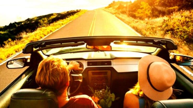Cum puteți ieși din țară cu o mașină în leasing