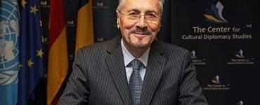 Emil Constantinescu