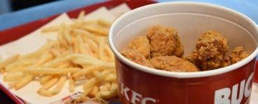 KFC va crea carne în laborator cu impimanta 3D. Carnea viitorului va fi sănătoasă