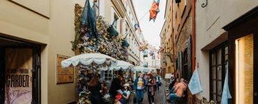 Capitala Lituaniei a devenit o cafenea în aer liber. Vilnius încearcă să salveze economia afectată de pandemie
