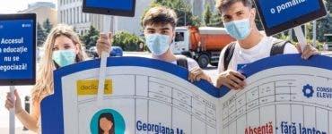 Elevii protestează și cer soluții clare pentru noul an școlar. Aceștia vor echipamente pentru școala online