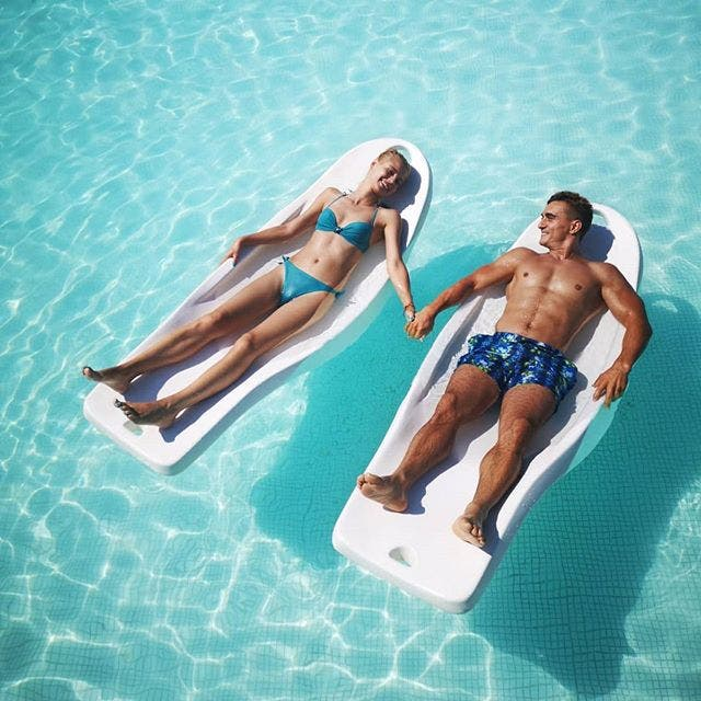 Marian si Simona piscina