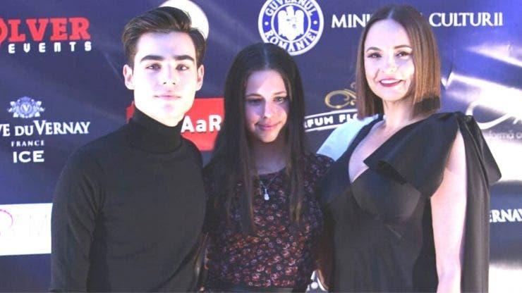 Andreea Marina, apariție de senzație alături de doi dintre copiii lui Ștefan Bănică Jr