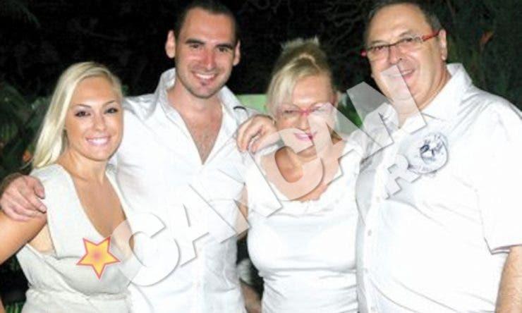 Giulia Nahmany si familia sa
