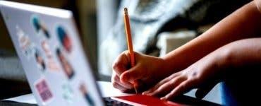 Începutul de an școlar, în sistem online, s-a dovedit a fi un mare eșec încă din prima zi de școală