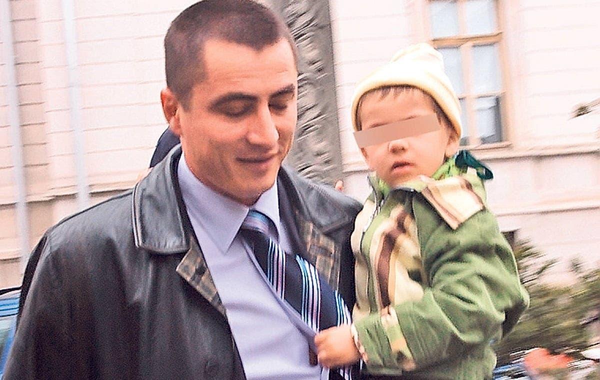 La cine e în grijă acum copilul Elodiei și-al lui Cioacă? Dacă ar fi știut avocata ce se alege de fiul ei... Patrick, schimbare de destin într-o clipită