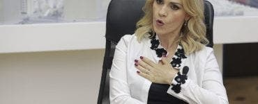 """Gabriela Firea mai vorbește cu """"finul"""""""