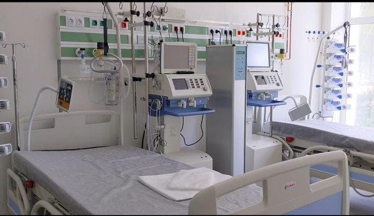 Spitalul s-a transformat în bordel