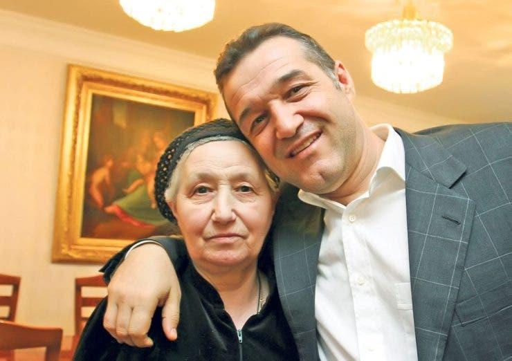 Cu ce medicament și-a vindecat Gigi Becali mama