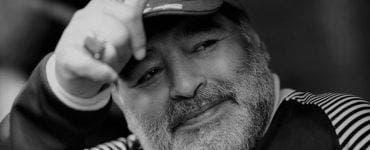 Maradona a murit, Barcelona, Napoli, Pele