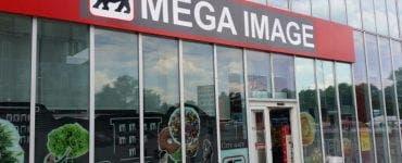 Program Mega Image de Revelion