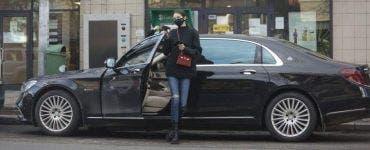 Rebecca Prodan Reghecampf este leită mama ei! Fiica impresarei conduce un bolid de sute de mii de euro pe străzile din Capitală