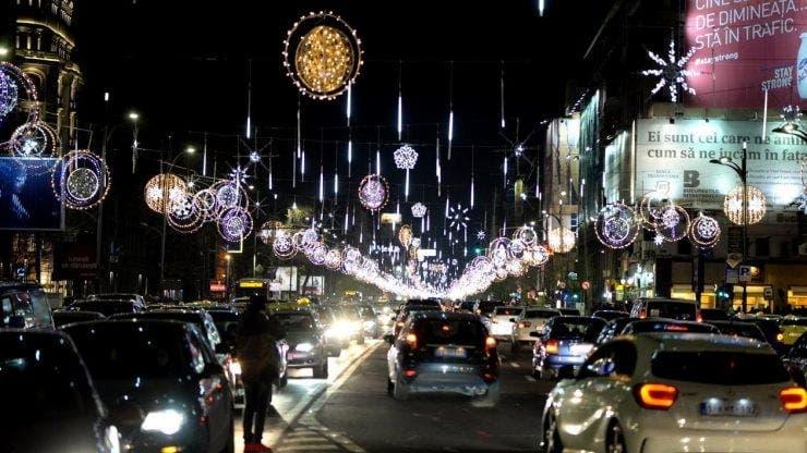 Când se vor aprinde luminițele de Crăciun în București