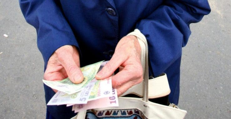 Ce se va întâmpla cu pensiile din luna decembrie