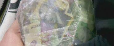 Gest incredibil! Ce a făcut o femeie din Botoșani după ce a găsit o pungă plină cu bani