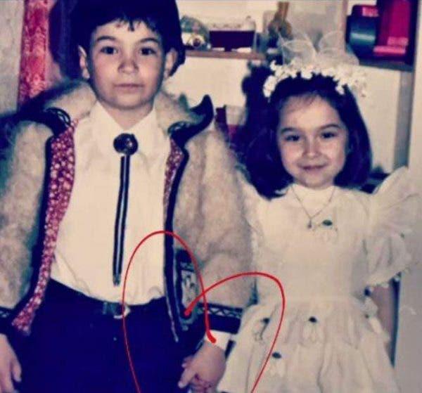 Cum arăta Vlăduța Lupău când era mică! Artista a postat o fotografie cu ea foarte rară