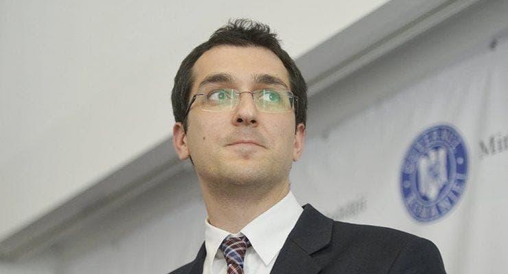 Se cere demisia Ministrului Sănătății, după tragedia de la Balș! Ce le transmite Vlad Voiculescu