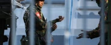 Myanmarul se întoarce la dictatura militară