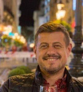 Fostul fotbalist Sergiu Marian a fost găsit mort! S-a spânzurat în apartamentul mamei sale