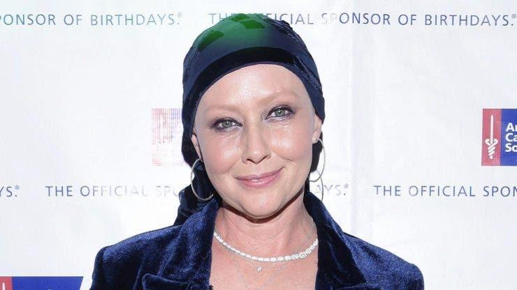 Primele imagini cu Shannen Doherty, după ce a fost diagnosticată cu cancer în stadiul terminal! A fost la cumpărături cu mama ei