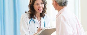 Tânăra asistentă i-a spus bătrânei care a venit la analize că e grasă și scundă! Care a fost replica femeii