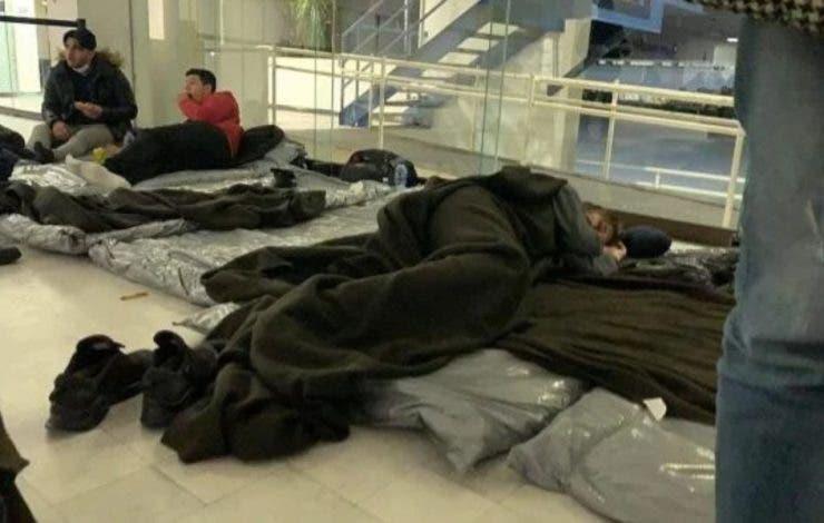 """Românii sechestrați în Mexic au intrat în greva foamei! """"Suntem în detenție, păziți 24/24!"""""""