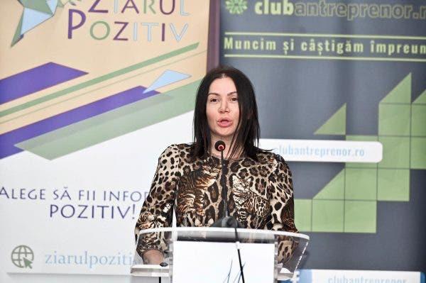 EXCLUSIV. Fiica Ioanei Marinescu, creatoarea produselor Plush Bio, este internată la psihiatrie! Cu ce probleme se confruntă tânăra