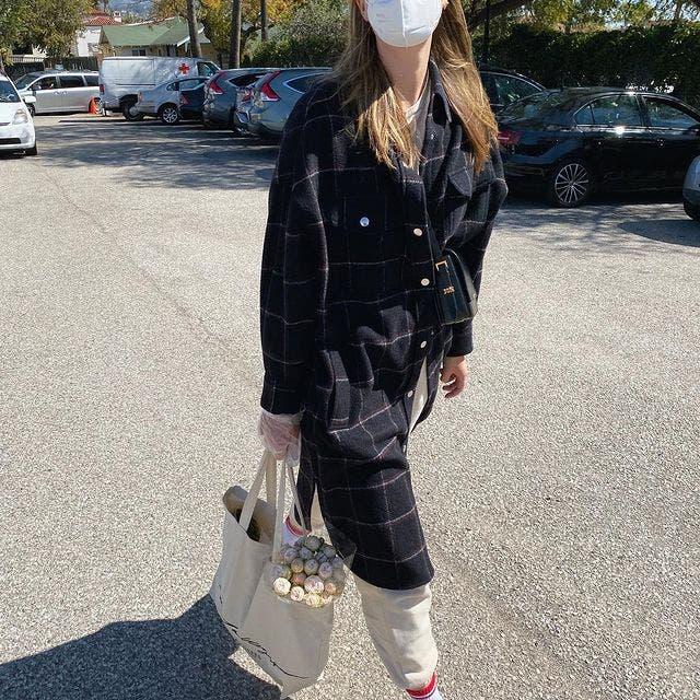 Maria Sharapova la plimbare