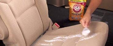 Cum se curăță tapițeria mașinii cu bicarbonat de sodiu