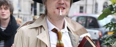 Pete Doherty a ajuns de nerecunoscut! A fost unul dintre cei mai răvniți bărbați din industria muzicală, însă drogurile l-au desfigurat total