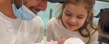 Adrian Nartea a devenit tată pentru a doua oară! Iată primele imagini cu fetița
