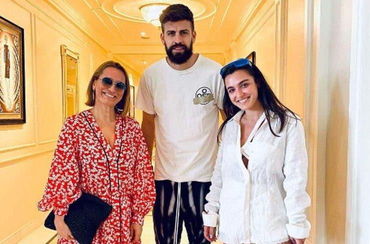 """Andreea Esca s-a întâlnit cu Gerard Piqué! Ce mesaj a transmis prezentatoarea: """"Asta e pentru tine"""""""