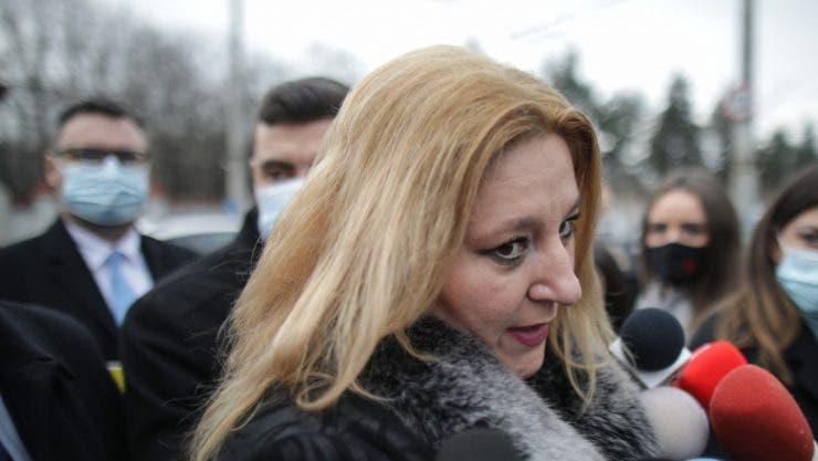 """Ce spune Diana Șoșoacă despre pandemia de coronavirus! """"Românii au nevoie de dragoste"""""""