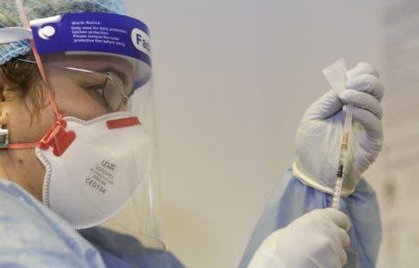 Când începe vaccinarea populației generale! Listele de așteptare se deschid din 15 martie