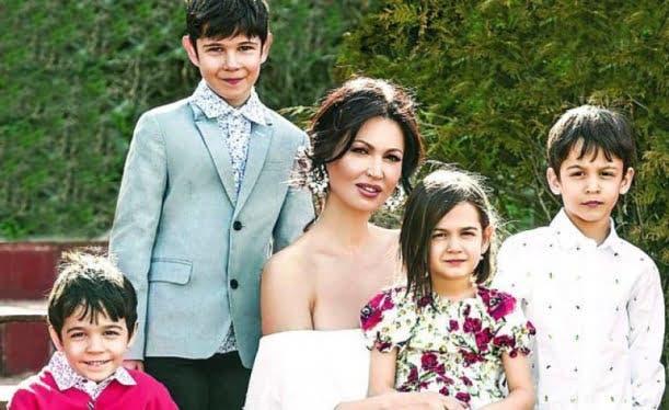 Cum arată acum copiii Nicoletei Luciu! Au crescut și sunt extraordinari de frumoși