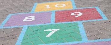 5 jocuri care le aduc aminte părinților de copilărie