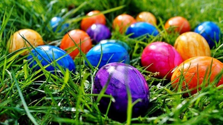 Cum se vopsesc ouăle de Paște natural și fără chimicale