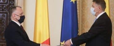 Klaus Iohannis a discutat cu ministrul Educației despre revenirea copiilor la școală după vacanță