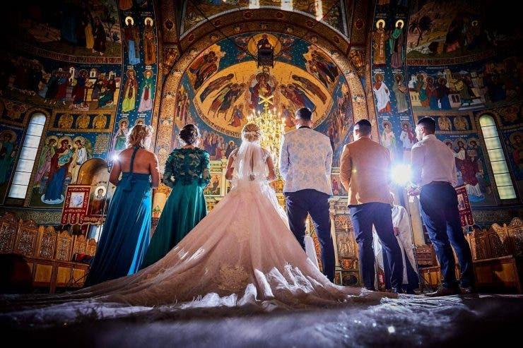 Tradiții și obiceiuri la nuntă.
