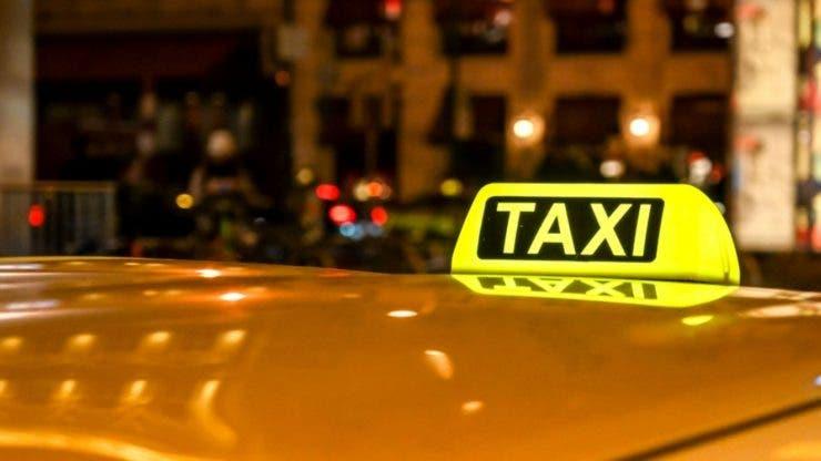 Un taximetrist din Satu Mare și-a luat o țeapă de zile mari