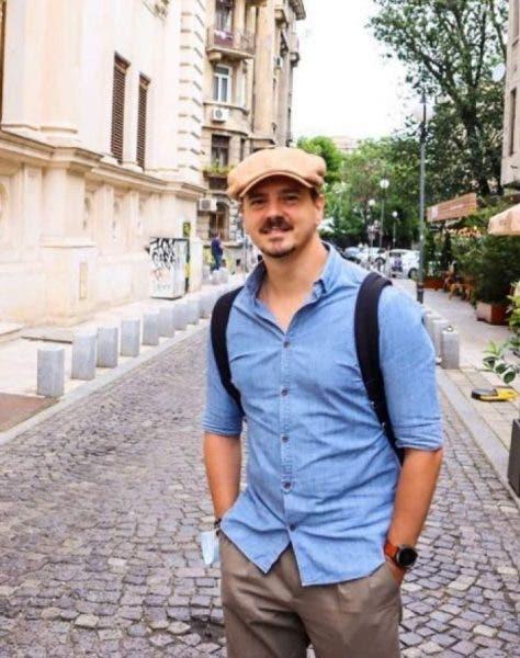 Mihai Petre a avut o vacanță cu perieții! Dansatorul și-a pierdut banii, actele și telefonul în același loc