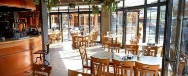 Restaurantele ar putea rămâne deschise permanent, indiferent de rata de incidență, cu o condiție! Ce trebuie să facă cetățenii