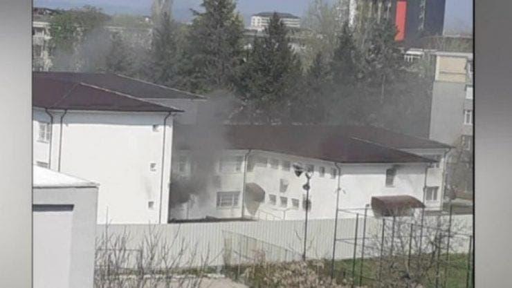 Incendiu la Secția de Psihiatrie a Spitalului Județean Slatina! A fost activat Planul Roșu